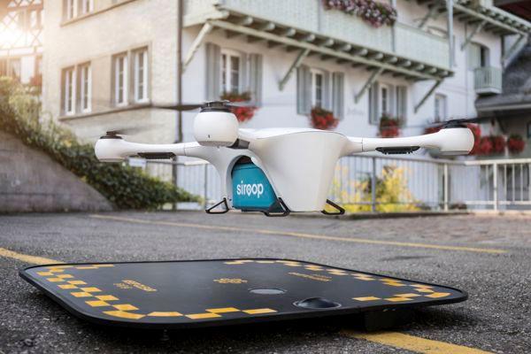 Mercedes-Benz Vito Drone Delivery Base