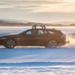 Jaguar XF Sportbrake Tows Skier to World Speed Record